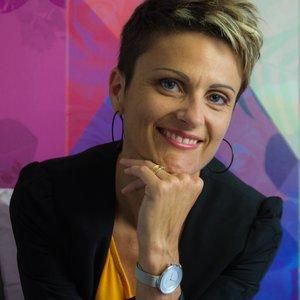 Delphine Sorin - Indigo - Conseil en image 44 49 85